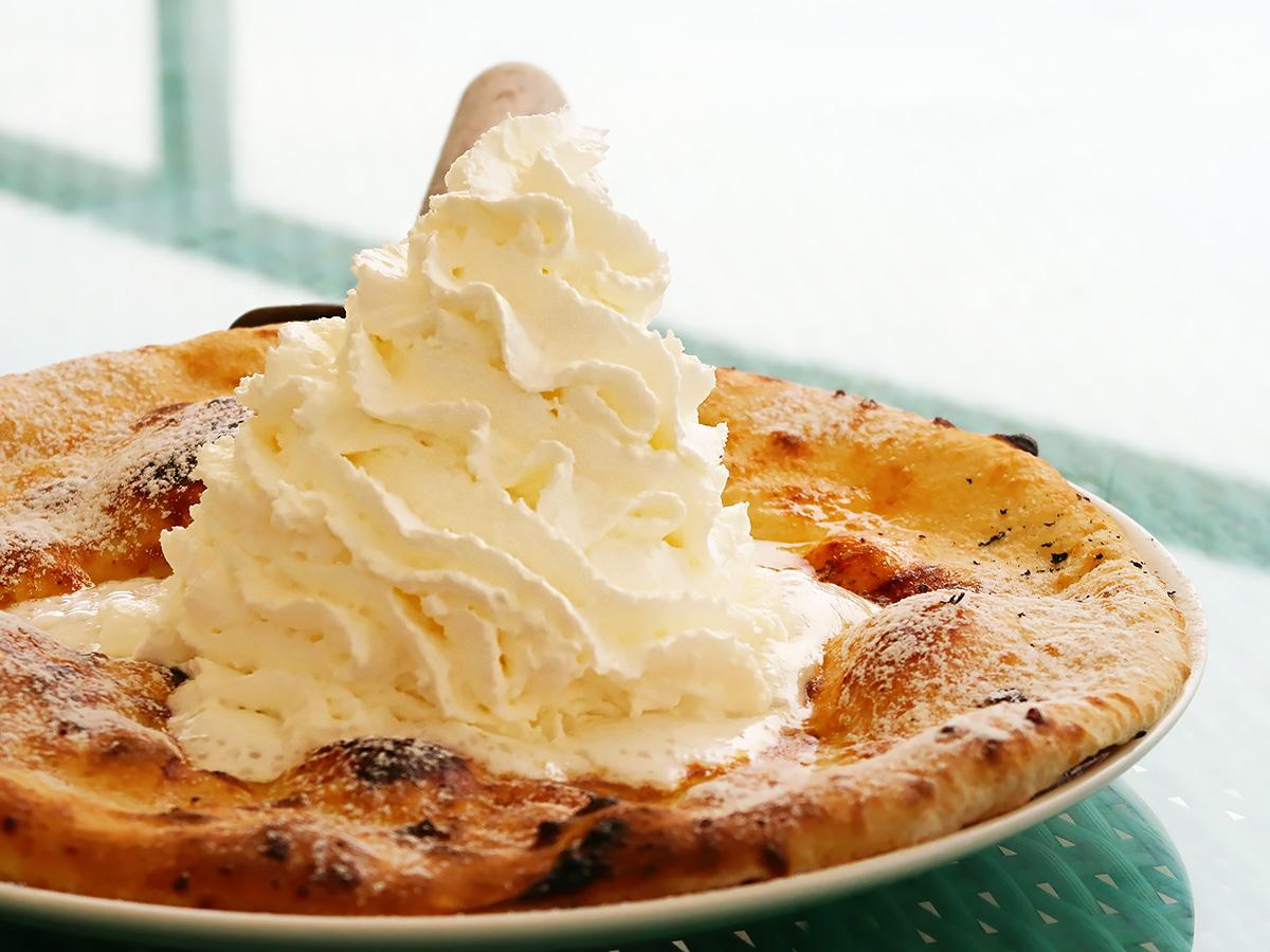 焼きはちみつとバターのデザートナポリピッツァ