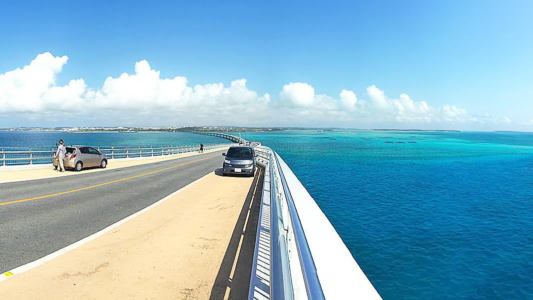伊良部大橋から見た風景