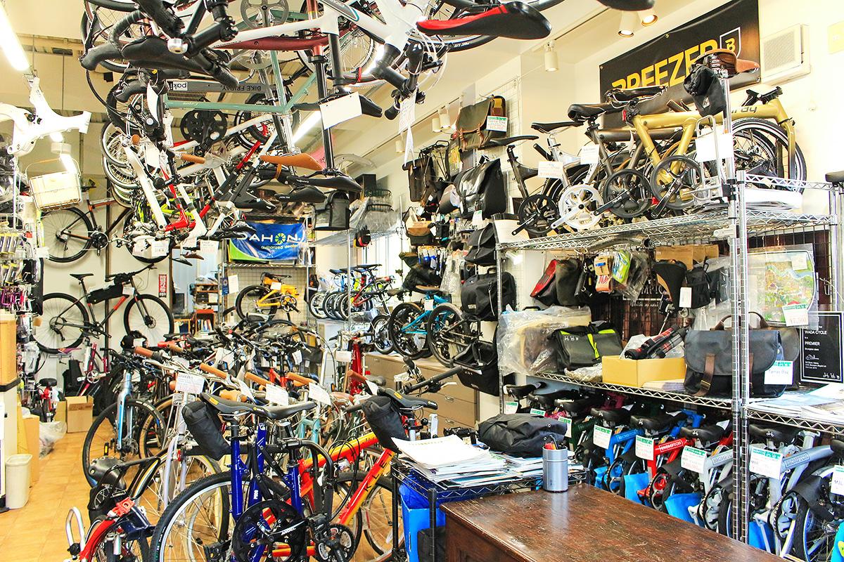 POTA BIKEの商品正規取扱店『和田サイクル』の店内様子