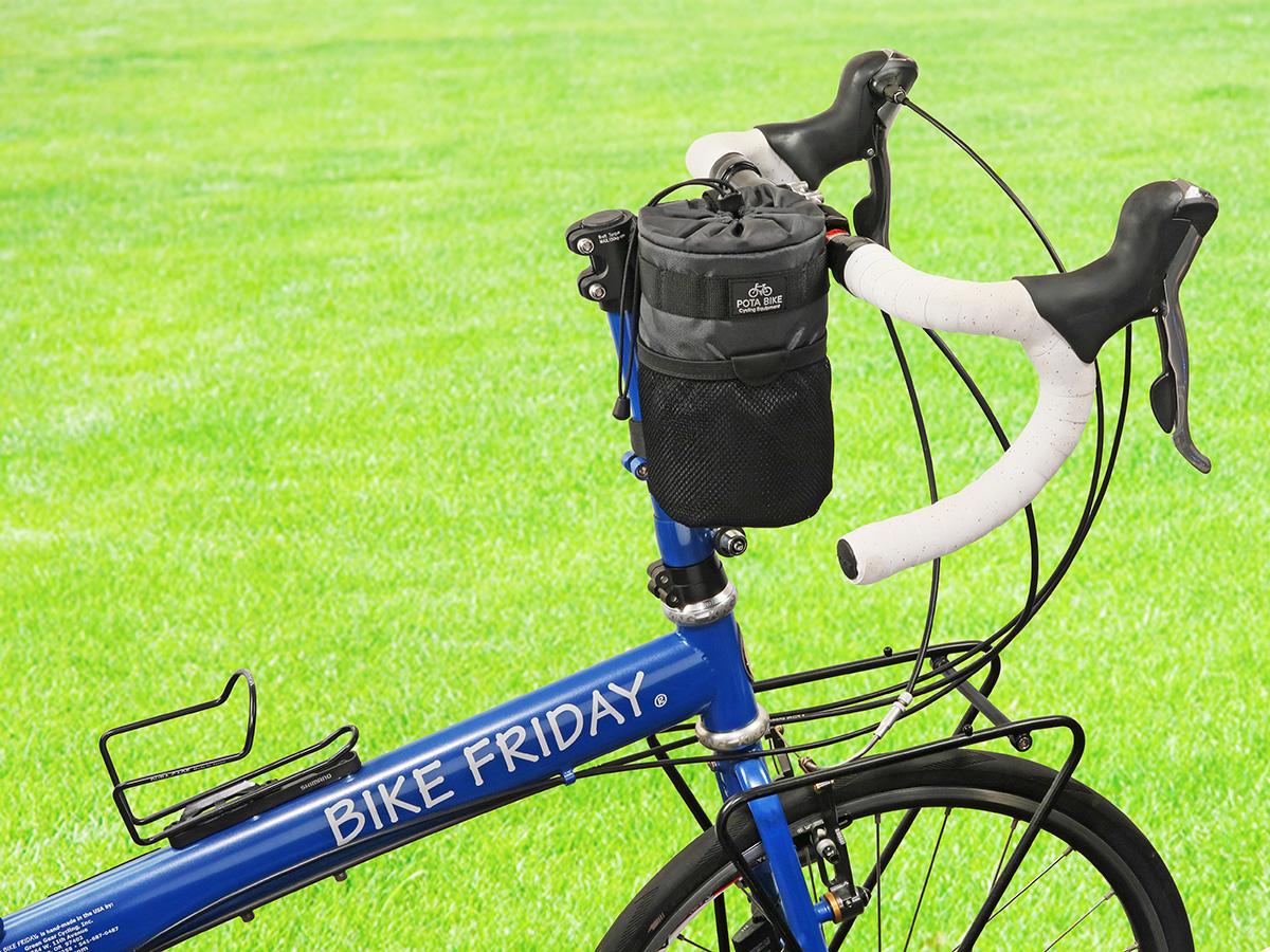 POTA BIKE ハンドルステムポーチ2を折り畳みミニベロに装着した写真